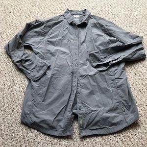 REI Button Down homing Shirt Sz Medium